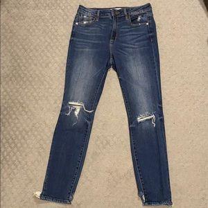 Hidden Jeans 29 high waisted ripped distressed hem